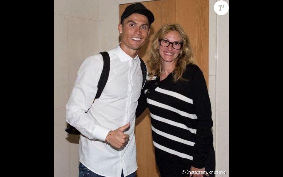 Rencontre entre Cristiano Ronaldo et Julia Roberts le 23 avril 2017 à Madrid.