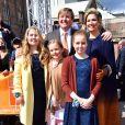 Le roi Willem-Alexander avec la reine Maxima des Pays-Bas et leurs enfants (les princesses Catharina-Amalia, Alexia et Ariane) lors de la Fête du Roi 2017 à Tilburg, le 27 avril 2017.26/04/2017 - Tilburg