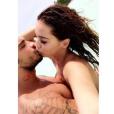 Julien Tanti et Manon Marsault (Les Marseillais), de nouveau en couple, en voyage aux Seychelles début mars 2017.
