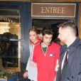 Gigi Hadid avec son compagnon Zayn Malik quittent le restaurant Laperouse après la soirée Hilfiger à Paris le 28 février 2017.