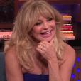 """Goldie Hawn parlant de sa fille Kate Hudson et de l'ex-petit ami de cette dernière, Nick Jonas, sur le plateau de """"Watch What Happens Live with Andy Cohen"""", mai 2017."""
