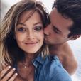 Caroline Receveur et son chéri à Ibia le 8 août 2016.