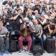 Pedro Almodovar, président du jury, au milieu des photographes. - Photocall du Jury du 70ème festival de Cannes le 17 mai 2017 © Cyril Moreau / Bestimage