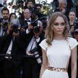 """Lily-Rose Depp - Projection du film """"Les Fantômes d'Ismael"""" et cérémonie d'ouverture du 70e Festival de Cannes au Palais des Festivals. Cannes le 17 mai 2017."""