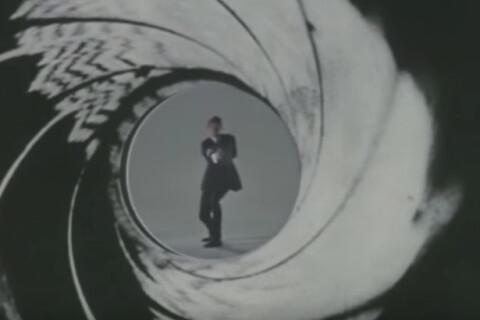 Mort de Roger Moore : James Bond, l'espion qu'il aimait tant