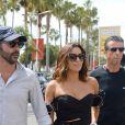 Eva Longoria et son mari José Antonio Baston se baladent dans les rues lors du 70ème Festival International du Film de Cannes, le 23 mai 2017
