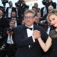 """Sergio Castellitto et sa femme Margaret Mazzantini - Montée des marches du film """"D'Après une Histoire Vraie"""" lors du 70e Festival International du Film de Cannes. Le 27 mai 2017. © Borde-Jacovides-Moreau / Bestimage"""