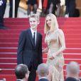 Uma Thurman et son fils Levon - Montée des marches de la cérémonie de clôture du 70ème Festival International du Film de Cannes. Le 28 mai 2017. © Borde-Jacovides-Moreau/Bestimage