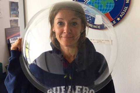 Thomas Pesquet : Tout sur l'épatante compagne de l'astronaute, Anne Mottet