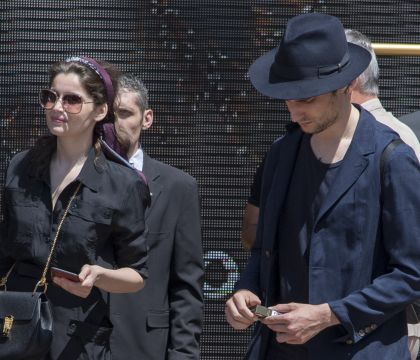 Laetitia Casta et Louis Garrel : Les deux acteurs se sont mariés en Corse !