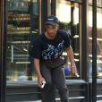 Jaden Smith fait du skateboard dans la rue à New York le 12 juin 2017. © CPA / Bestimage