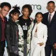 Will Smith, Jada Pinkett et leurs enfants Willow Smith, Jaden Smith et Trey Smith - Célébrités arrivant au 26ème EMA Awards au studio de la Warner à Burbank le 22 octobre 2016