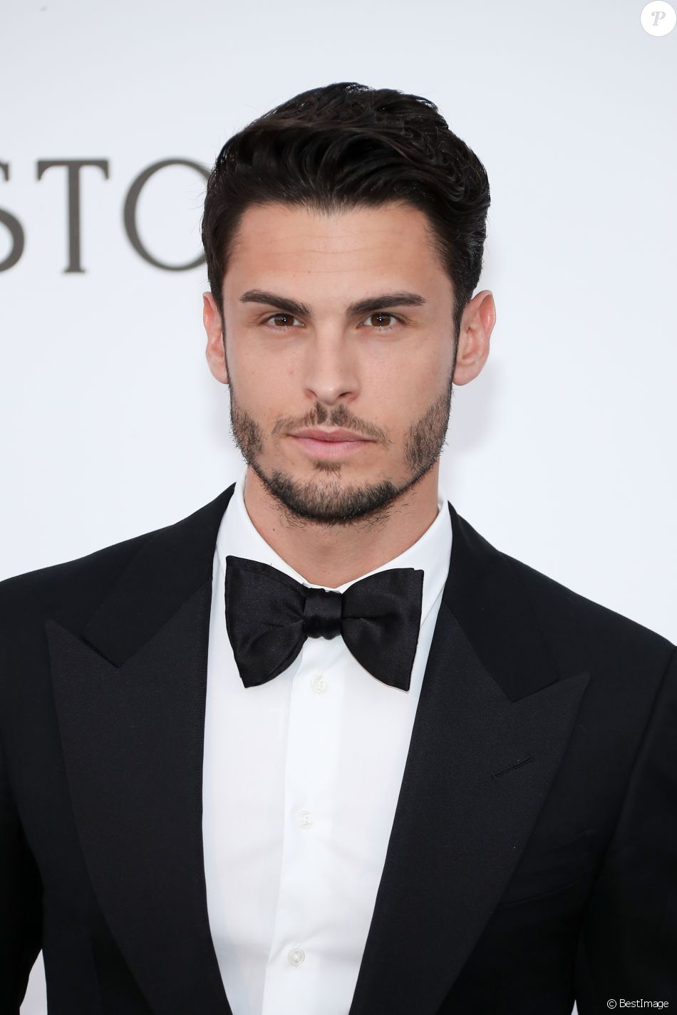 baptiste giabiconi le divorce de ses parents je suis rest seul avec ma m re purepeople. Black Bedroom Furniture Sets. Home Design Ideas