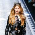 """Thylane Blondeau - Défilé de mode prêt-à-porter automne-hiver 2017/2018 """"Dolce & Gabbana"""" à Milan. Le 26 février 2017"""