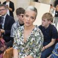 Lily Allen - People en front row au défilé de mode Louis Vuitton Hommes printemps-été 2018 au Palais Royal à Paris, le 22 juin 2017. © Olivier Borde/Bestimage