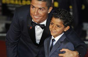 Cristiano Ronaldo papa de jumeaux : Première photo en famille avec ses bébés