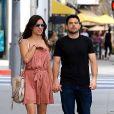 Exclusif - Jerry Ferrara fait du shopping avec sa fiancée à Beverly Hills le 10 mars 2017.