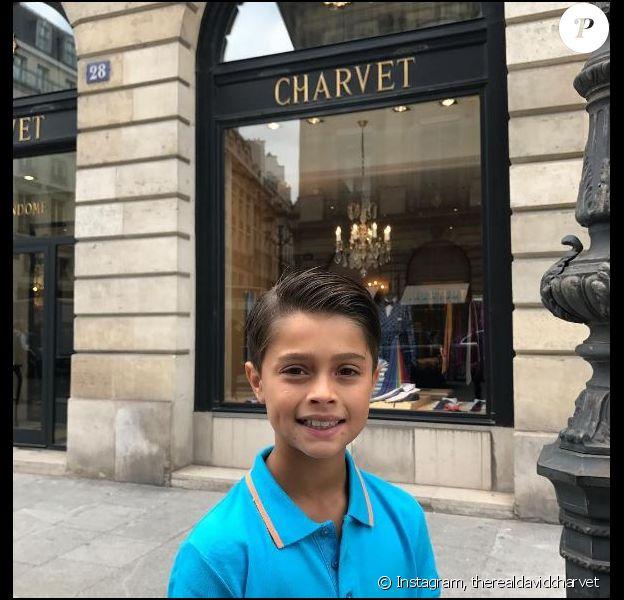 Shaya, le fils de David Charvet, à Paris. Juillet 2017