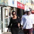 Kris Jenner se balade à Saint-Tropez avec un inconnu le 11 juillet 2017.