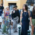 Kris Jenner fait du shopping à Saint-Tropez, Côte d'Azur, France, le 10 juillet 2017.
