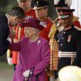 Le roi Felipe VI d'Espagne et la reine Elisabeth II d'Angleterre - Cérémonie de bienvenue au palais Buckingham à Londres. Le 12 juillet 2017  Queen Elizabeth II greets King Felipe VI of Spain during a ceremonial welcome for his State Visit to the UK on Horse Guards Parade, London.12/07/2017 - Londres