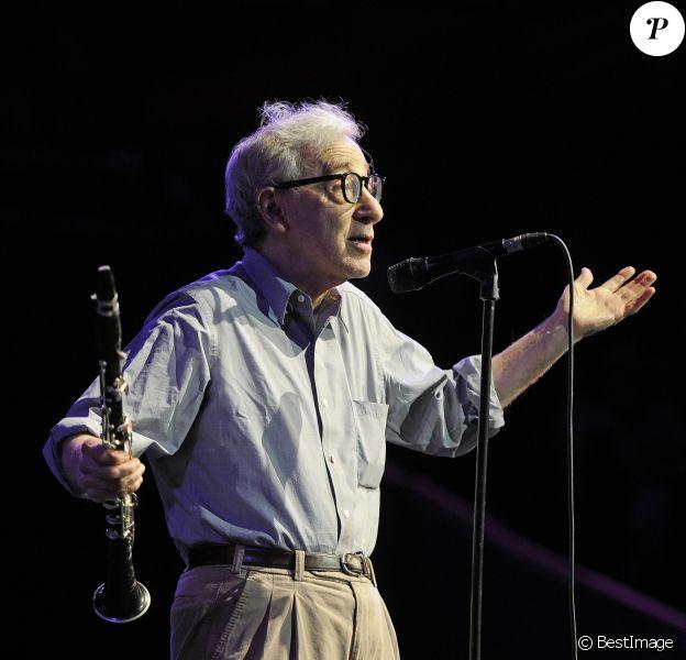 Woody Allen en concert au Royal Albert Hall à Londres, le 2 juillet 2017