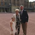 David Beckham célèbre le sixième anniversaire de sa fille Harper, en compagnie de sa mère, au Palais de Buckingham - Photo publiée sur Instagram le 10 juillet 2017.