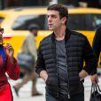 Les acteurs Mindy Kaling et B. J. Novak vont déjeuner ensemble à New York, le 27 avril 2017.