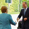 Angela Merkel a officiellement souhaité la bienvenue au prince William et à la duchesse de Cambridge en Allemagne, le 19 juillet 2017 à Berlin.