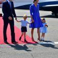 Le prince William et la duchesse Catherine de Cambridge ont atterri avec leurs enfants le prince George et la princesse Charlotte à Berlin le 19 juillet 2017 pour la suite de leur visite officielle entamée en Pologne.