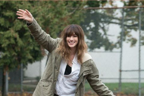 Anne Hathaway : Son rôle improbable dans Colossal !