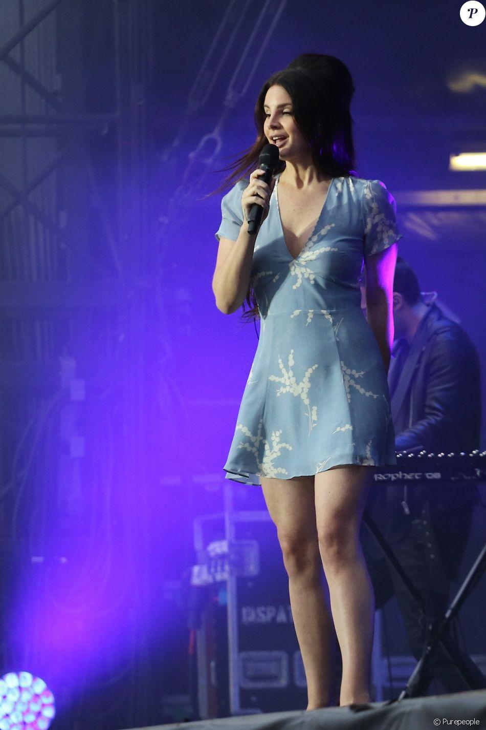 Lana Del Rey - Deuxième jour du Festival Lollapalooza à Paris. Le 23 juillet 2017 © Lise Tuillier