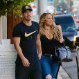Exclusif - Maria Carey et son compagnon Bryan Tanaka quittent un restaurant à Beverly Hills le 20 juillet 2017.