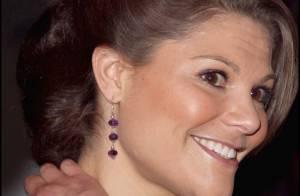 Victoria de Suède, ambassadrice de la mode suédoise ! Oh la belle violette...