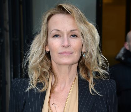 Estelle Lefébure se confie tendrement sur Johnny Hallyday, atteint d'un cancer