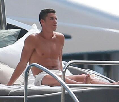 Cristiano Ronaldo et Georgina, enceinte : Les chaudes vacances du couple sexy