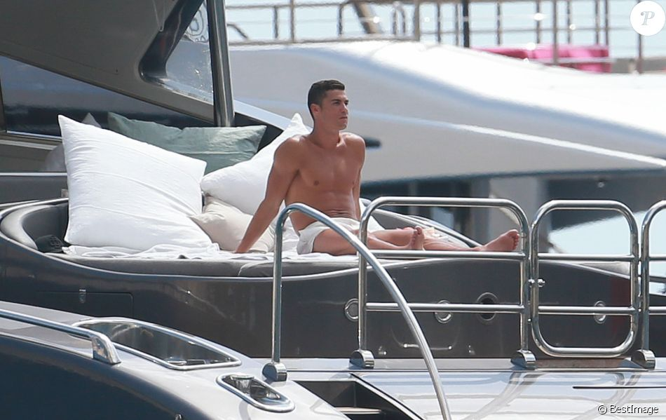 Cristiano Ronaldo répond à la célébration controversée de Messi