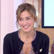 Julie Gayet : Confidences sur François Hollande qui lui adresse un message