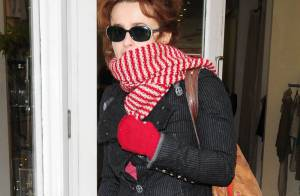 Oh my god ! Helena Bonham Carter a remis ses chaussures... à ressorts !