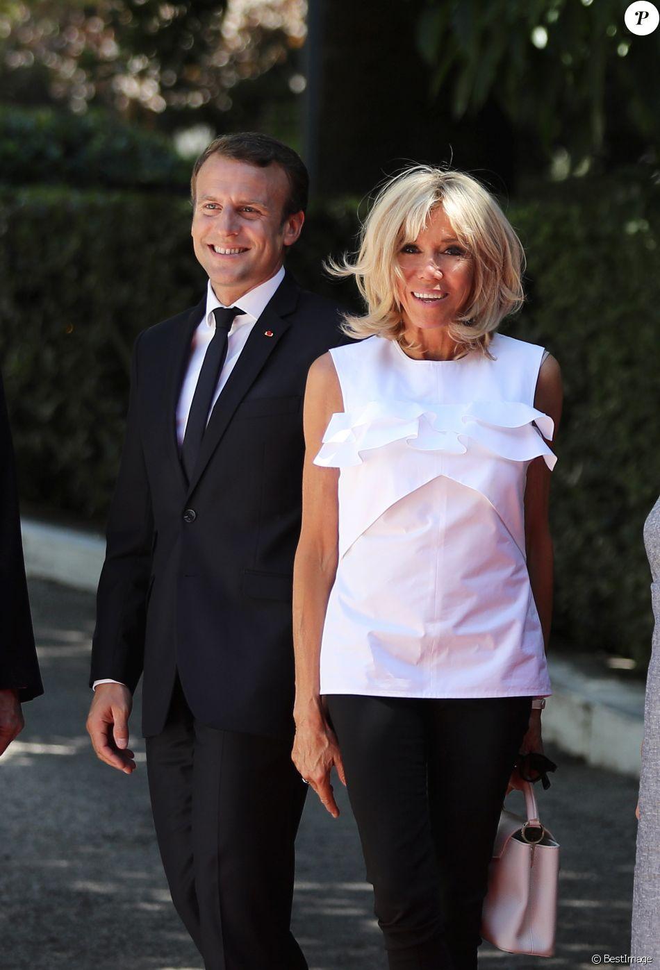 Le président Emmanuel Macron et sa femme Brigitte Macron (Trogneux) lors de l'accueil du couple présidentiel français par le président de la république hellénique au palais présidentiel à Athènes le 7 septembre 2017. © Dominique Jacovides / Bestimage