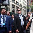 Brigitte Macron quitte son hôtel à pied pour se rendre à l'assemblée générale des Nations Unies pour le discours du président de la république à New York le 19 septembre 2017. © Sébastien Valiela / Bestimage