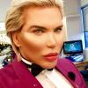 """Rodrigo Alves, le Ken humain : """"Je pourrais changer de sexe et être une Barbie"""""""