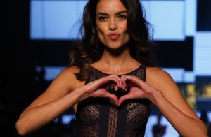 Dani Alvès (PSG) : Sa sublime femme, Joana Sanz, enflamme le défilé Etam