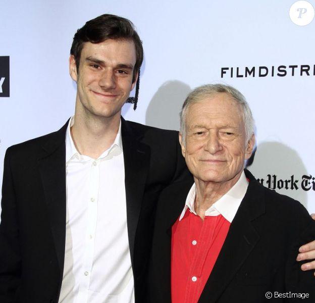 Hugh Hefner et son fils Marston Hefner à Los Angeles, le 13 octobre 2011.
