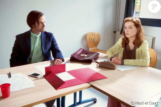 """Romain Duris et Isabelle Huppert dans """"Madame Hyde"""", un film de Serge Bozon, dans lequel ils donneront la réplique à José Garcia. En salles le 28 mars 2018."""