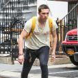 Exclusif - Brooklyn Beckham fait du skateboard dans les rues de New York, le 19 septembre 2017.