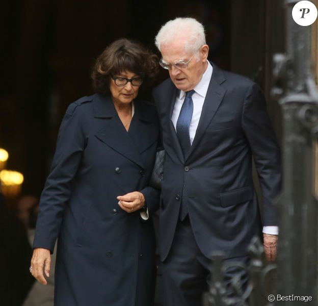 Exclusif - Lionel Jospin et sa femme Sylviane Agacinski - Obsèques de Anne Wiazemsky en la basilique Sainte-Clotilde à Paris le 11 octobre 2017.