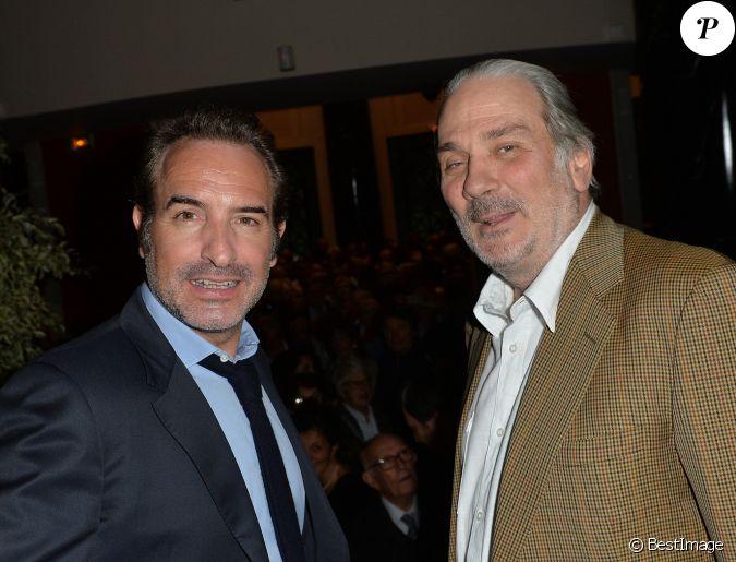 Jean dujardin parrain de l 39 exposition et laurent ventura lors du vernis - Maison de jean dujardin ...