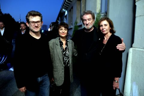 Eddy Mitchell, honoré et soutenu par sa femme et ses enfants Eddy Jr. et Marilyn