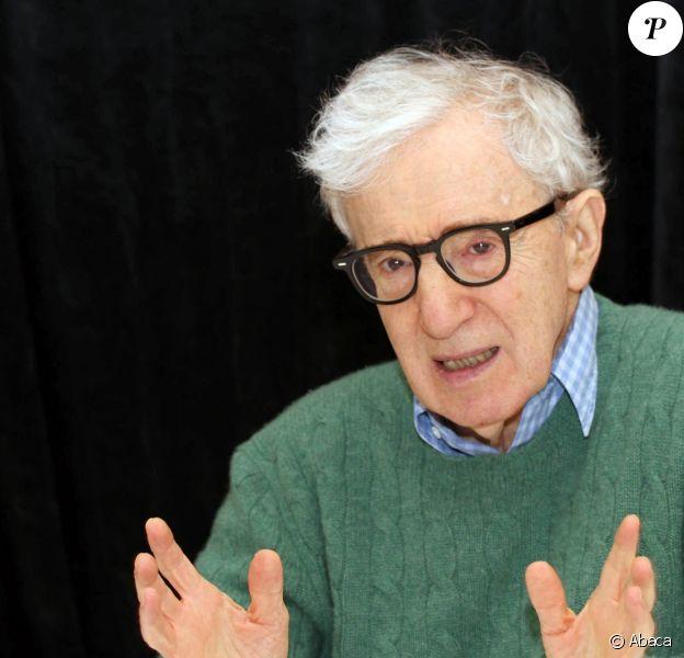 """Woody Allen présent """"Wonder Wheel"""" au Ritz Carlton Central Park South Hotel à New York, le 14 octobre 2017."""